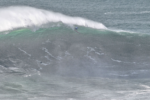 Joao de Macedo at Nazaré