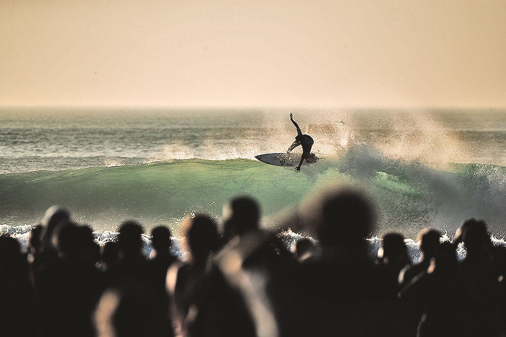 Another great Lip-ride by Gabriel Medina