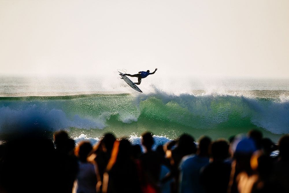 Gabriel Medina performing another 360° air