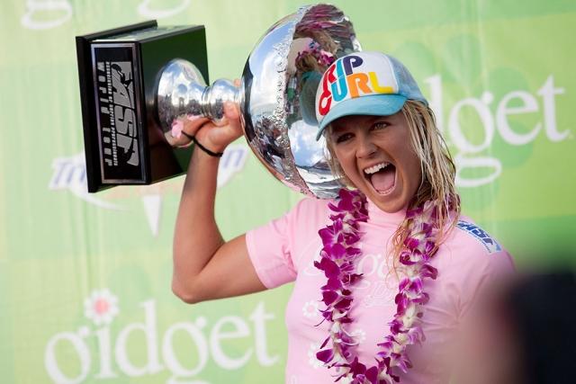 Stephanie Gilmore's third Surfing World Title