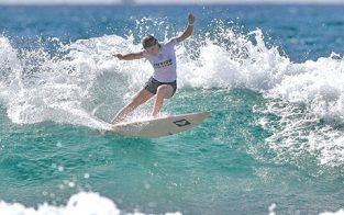 Juliette Lacome Win Roxy Junior Pro